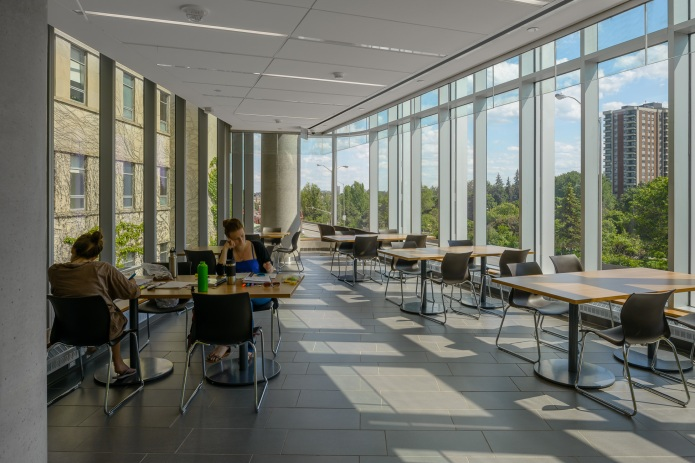 University of Ottawa Faculty of Sciences Building - students in study lounge in the south prow of the building