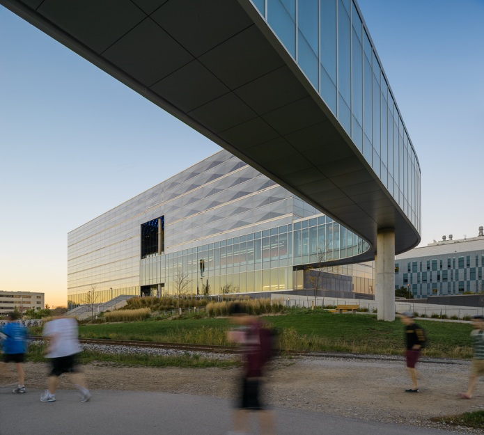 34-Perkins+Will Engineering V Waterloo Doublespace Toronto Architectural Photography