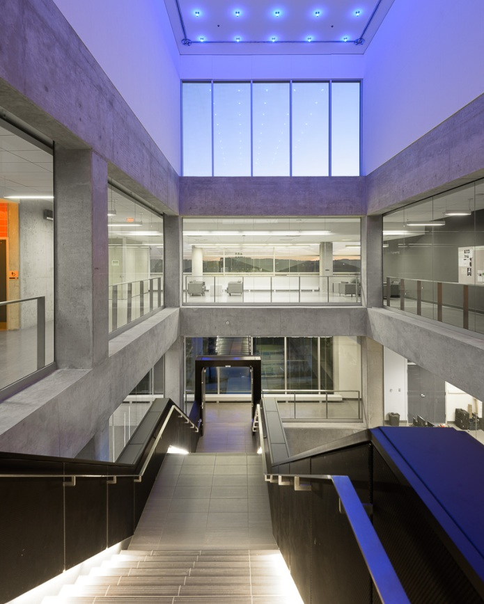 58-Perkins+Will Engineering V Waterloo Doublespace Toronto Architectural Photography
