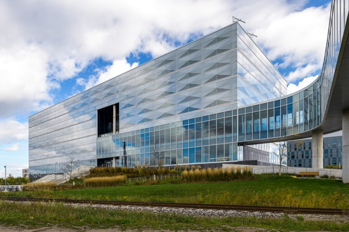 8-Perkins+Will Engineering V Waterloo Doublespace Toronto Architectural Photography